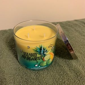 Bath & Body Works Accents - Candles